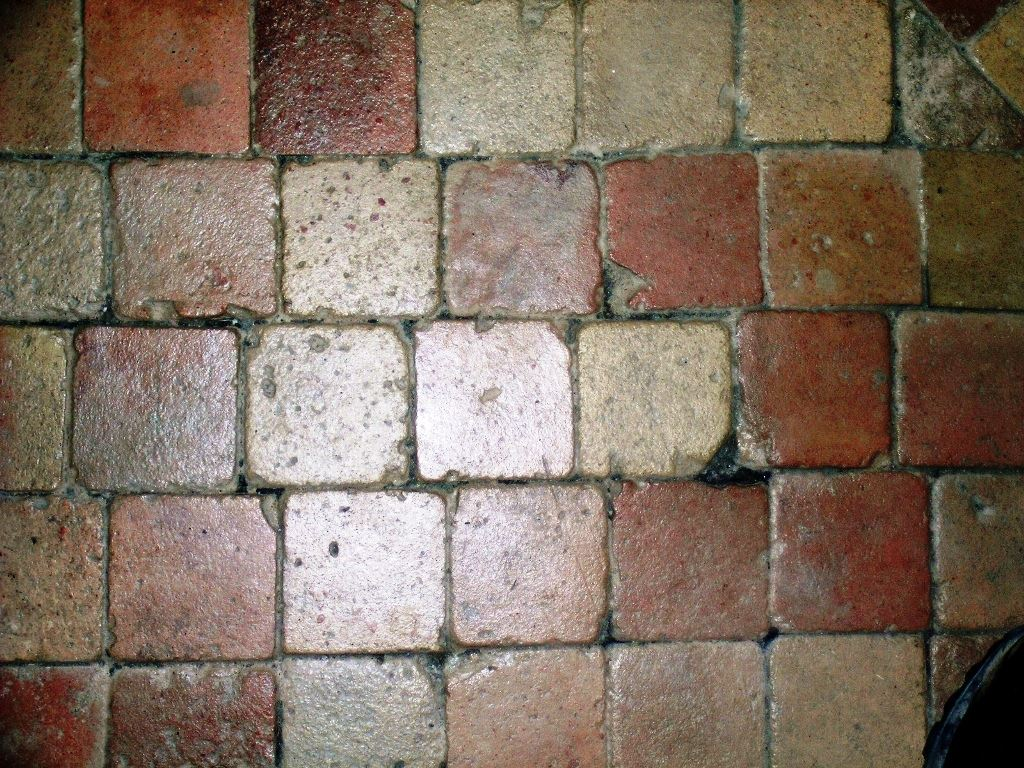 Materiaux anciens sol et dallage carrelage en terre cuite for Carrelage sol ancien